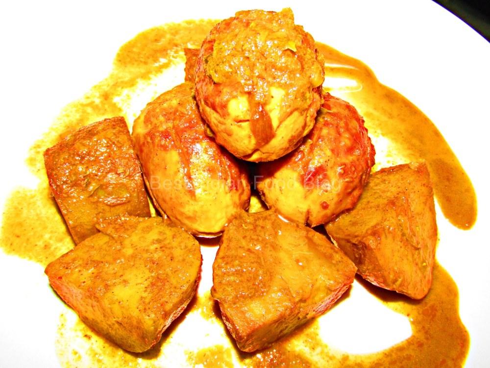 Anda Aloo Curry