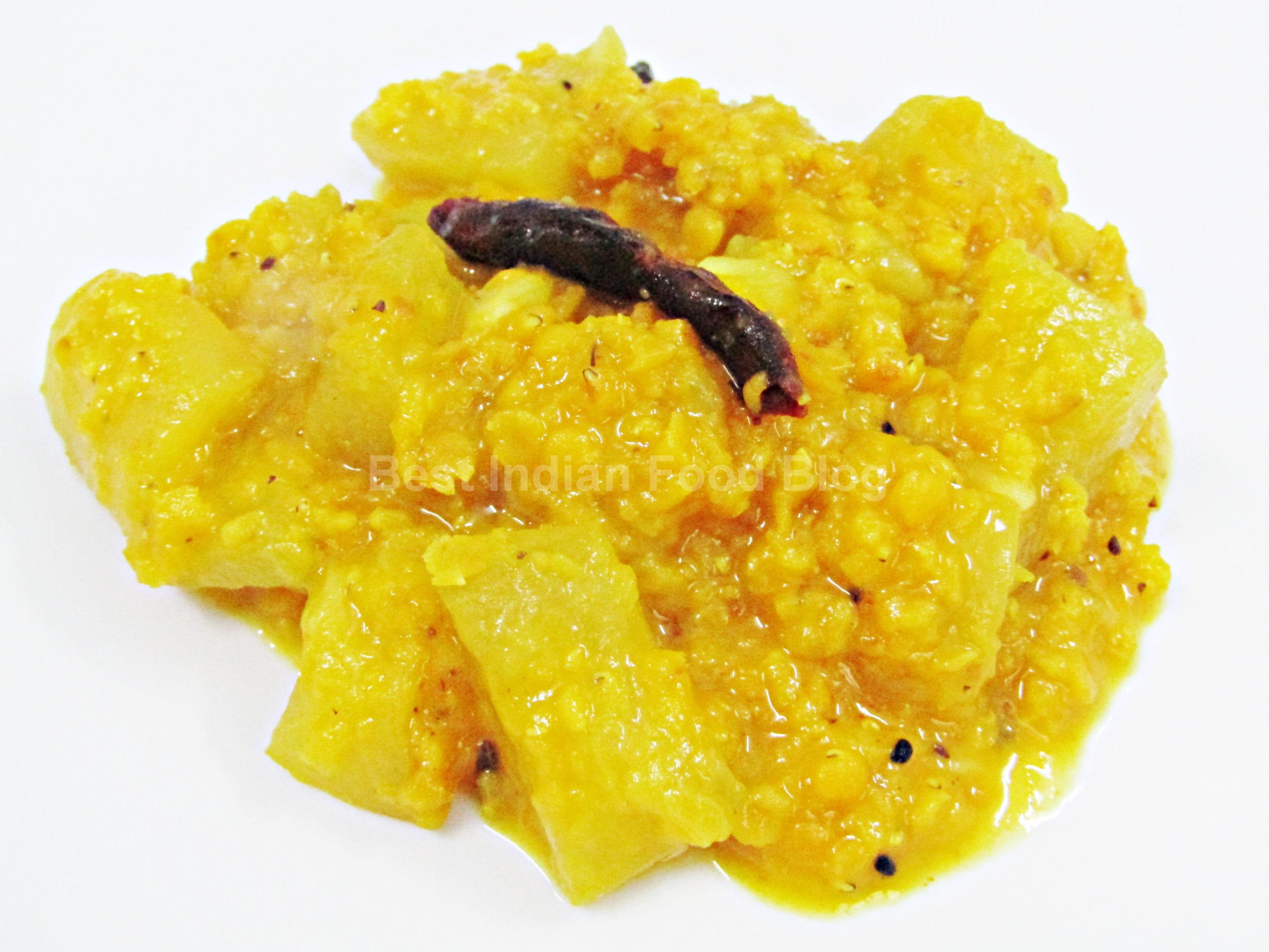 Lauki Masoor Dal from Uttar Pradesh, India | Best Indian Food Blog | Calabash Lentils recipe