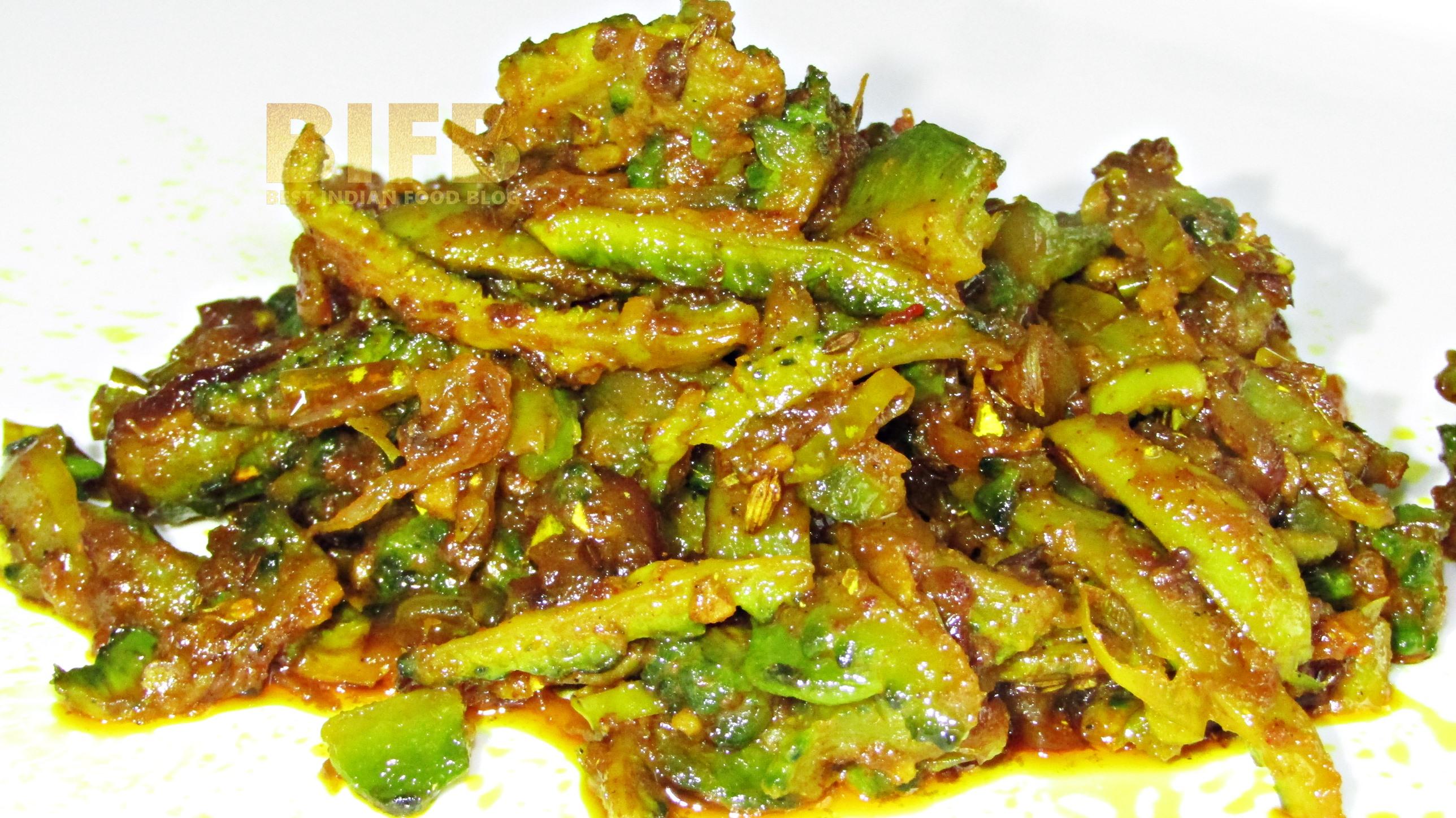 Karela Sabzi from Uttar Pradesh, India | Best Indian Food Blog