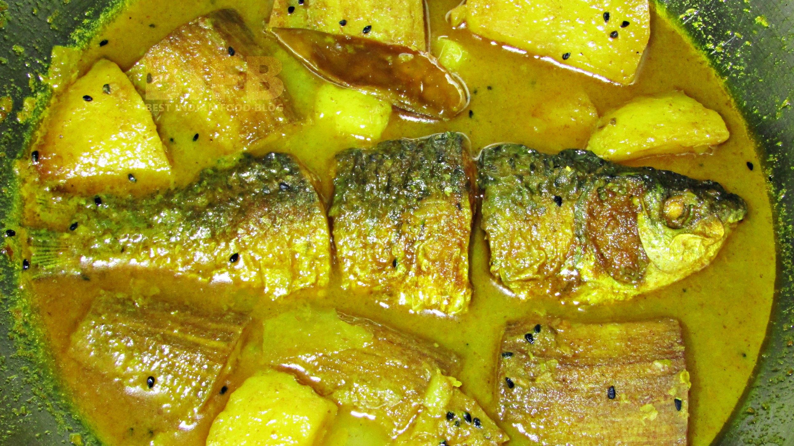 Pona Kachkolar Jhol from West Bengal, India   Best Indian Food Blog