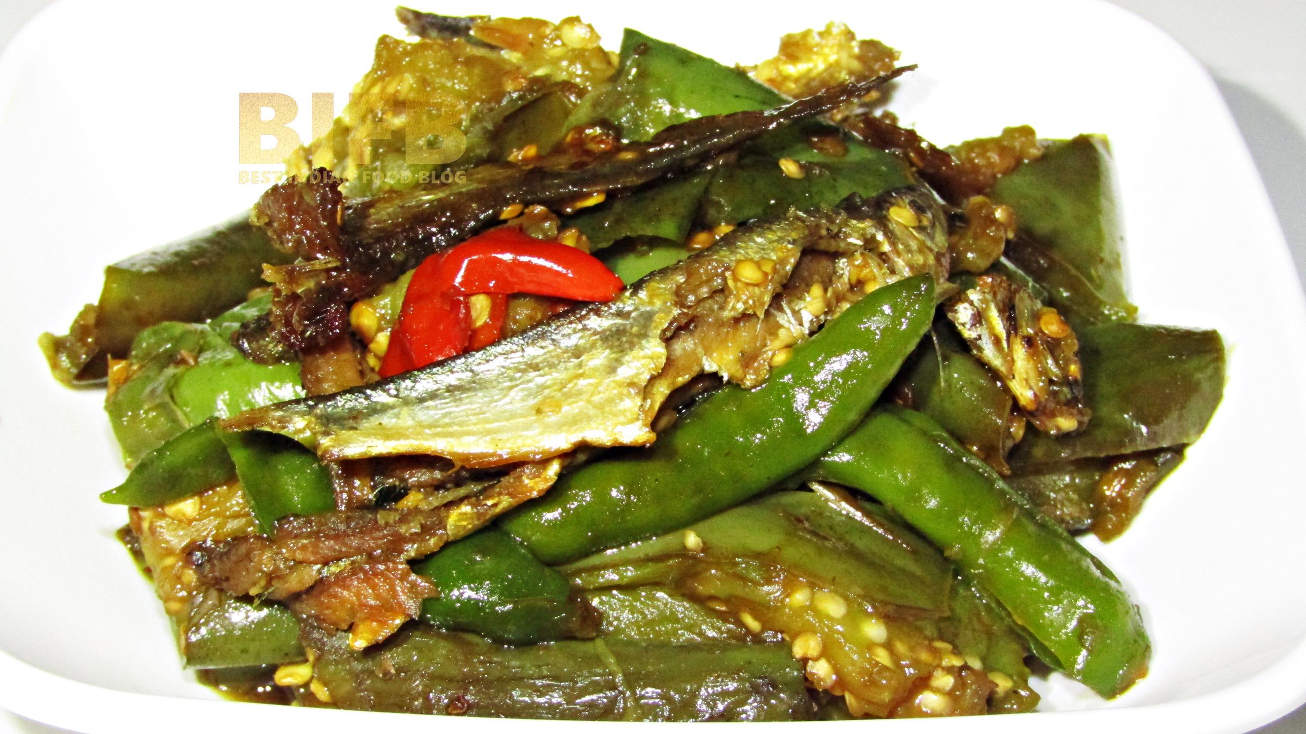 Baring Na'kam from Meghalaya, India | Best Indian Food Blog | Dehydrated Fish Aubergine recipe