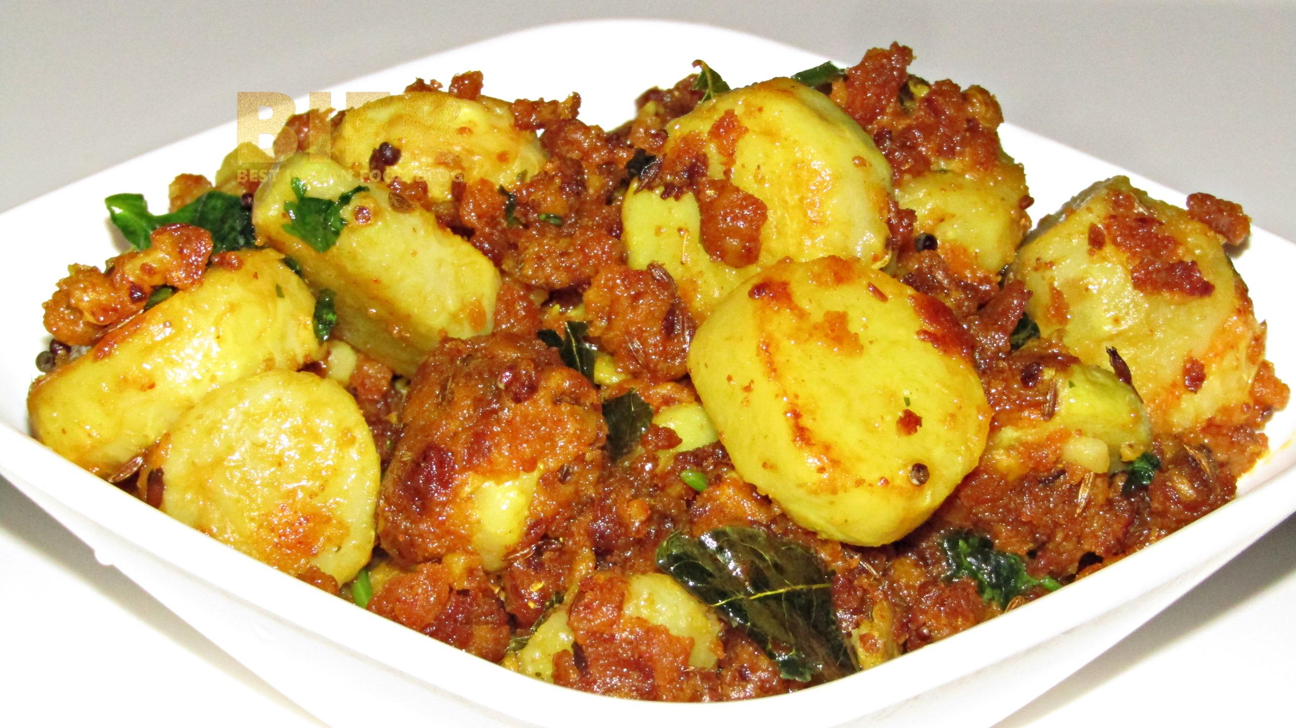 Kasuvina Gedde Palya from Karnataka, India   Best Indian Food Blog   Taro Corm recipe