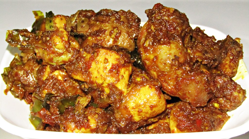 Kozhi Varattiyathu from Kerala, India | Best Indian Food Blog | Chicken recipe