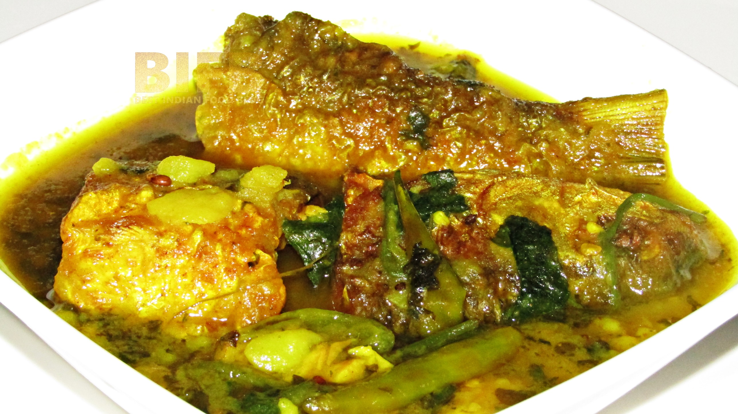 Manimuni Tengesi Maas from Assam, India   Best Indian Food Blog   Indian Pennywort Creeping Sorrel Fish recipe