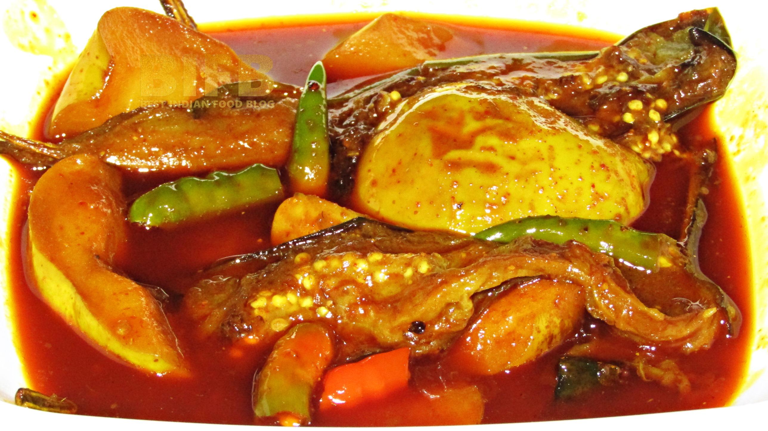 Tchoonth Wangun from Jammu and Kashmir, India   Best Indian Food Blog   Aubergine Apple recipe